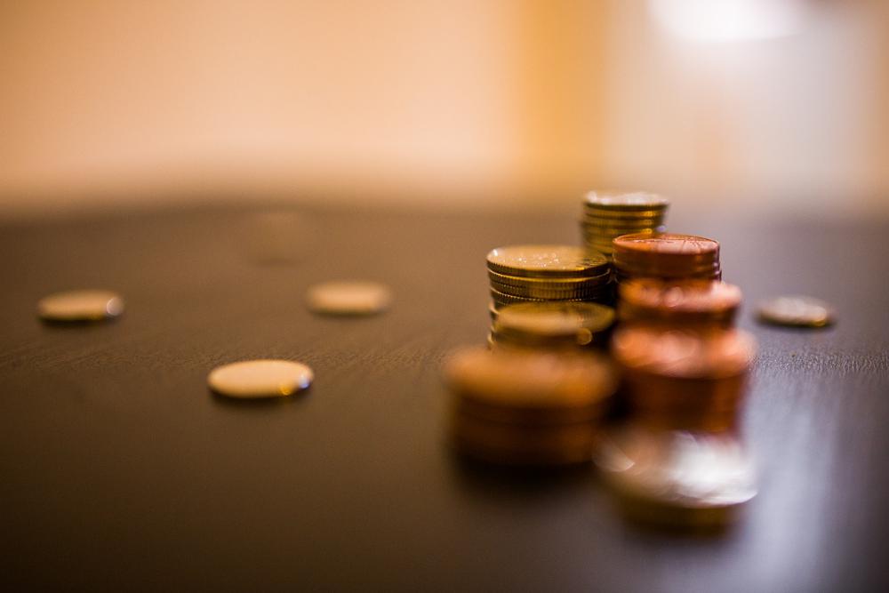 wieviel geld braucht man im monat